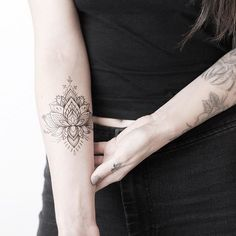 New lotus temporary tattoos now available on my store, link in bio -- I'm currently designing more so if you have any design ideas you'd like to see please comment below and I'll create some of them! ✍ ______________________________________________________ #rachainsworth #lagrainetattoo #lotustattoo #temporarytattoo #ornamentaltattoo