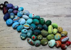 Join Fiber Art Now magazine to get inspired and connected! www.fiberartnow.net lil fish studios: second edition of Art-o-mat stones on the go