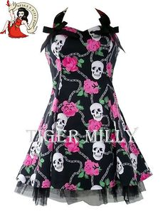 Chains skulls and rose dresses Emo Dresses, Nice Dresses, Summer Dresses, Awesome Dresses, H&r London, Skull Dress, Estilo Rock, Princess Outfits, Young Fashion