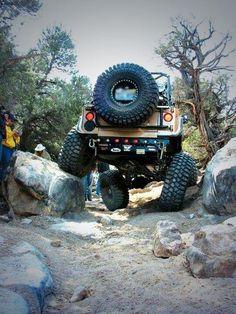 No sway bar- no problem! 😊 go JEEP Jeep Suv, Jeep Truck, Badass Jeep, Jeep Parts, Cool Jeeps, Suspension Design, Off Road, Buggy, Texas