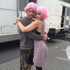 Will and Riley, pretty in pink. Riley Blue, Divas, Being Human Uk, What Is Human, Netflix, Brooklyn 9 9, Game Of Thrones, Movies And Series, Fantasy Movies