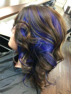 Inspiration by Laken Hayhurst. #dontmindifiblue #peekaboo #blue #highlights @bloomdotcom