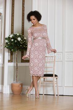 Umstandsbrautkleid im romantischen Vintage-Look | Foto: Mamarella