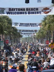 "This is just Day One of Bike Week on Main Street, Daytona Beach./Was there one year during ""little"" bike week in the fall. Daytona Beach Bike Week, Daytona Beach Florida, Miss Florida, Florida Travel, Motorcycle Travel, Motorcycle Rides, Motorcycle Events, Bike Events, Bike Rally"