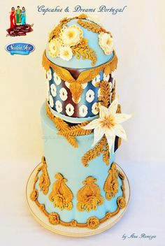 http://cakesdecor.com/cakes/193347-abha-splendour-light-elegant-indian-fashion-cake-collaboration