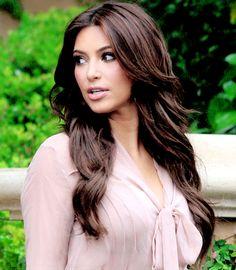 Kim Kardashian *