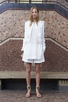 Structure + white + Chloe = great combo..