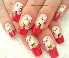 Get these prettiful designs #nails #flowers