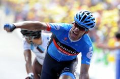 Garmin-Sharp rider Millar of Britain celebrates ahead of La Mondiale rider Peraud of France as he wins stage of the Tour de France cycling race between Saint-Jean-de-Maurienne and Annonay-Davezieux. Tom Simpson, Fantasy News, Nfl Sunday, Push Bikes, The Mont, Winner, Stage, Pro Cycling, David