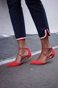 20 Pairs Of Pointed Flats Heel-Lovers Will Obsess Over - Wheretoget
