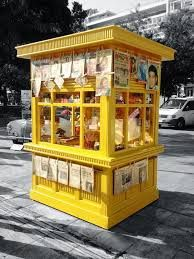 Greek Kiosk- A vintage kiosk-newsstand in Athens Greece Syntagma Square Greece Pictures, Old Pictures, Coffee To Go, Coffee Shop, Bauhaus, Kiosk Store, Bude, Souvenir Store, Guard House