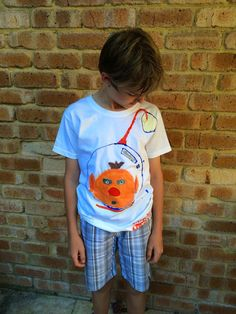 Personalize a Shirt: Blank Canvas Gifts, A Perth Mum's Idea, Unleashes Kids' Creativity!