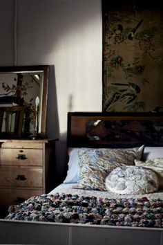 love this Victorian seaside cottage, photographed by Sharyn Cairns for Country Style magazine