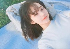 Image about girl in __ ulzzang __ by vivi on We Heart It Pelo Ulzzang, Ulzzang Korean Girl, Korean Beauty, Asian Beauty, Hwa Min, Uzzlang Girl, Pretty Asian, Ulzzang Fashion, Girl Short Hair