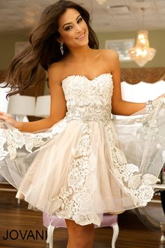 We love this prom dress - visit www.youdeservethis.com for your perfect Fashion Inspired Prom Photoshoot. #promdress #prom #youdeservethis #dress #promphotoshoot #promphotos#promgown #teenprom #teenpageant