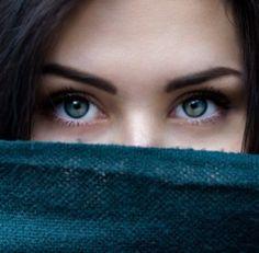 ¿Por qué deberías usar una buena crema para el contorno de ojos?