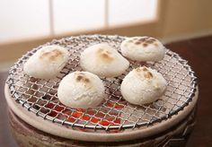 【日本文化×パン】余ったお餅を使ったパンアレンジ&パンリメイクをご紹介します。じゃぱんは日本のパンを「たべる」と「つくる」で応援する、パンのお役立ち情報サイトです。
