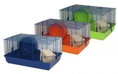 Das Hamsterheim Benny Top ist ein toller Hamsterkäfig mit Holzhaus und geschlossenem Laufrad. Ideal als Zweit- oder Quarantänekäfig.