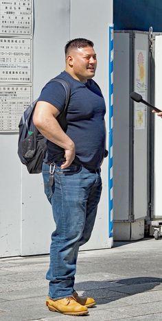 Mens Plus Size Fashion, Chubby Men Fashion, Big Men Fashion, Big Muscle Men, Muscle Bear, Big Boyz, Rugby Men, Plus Size Men, Beefy Men