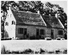 Dutch Colonial style: The Van Alen House (1737) in Kinderhook, New York.