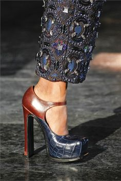 Louis Vuitton platforms, Fall 2012. :: wow