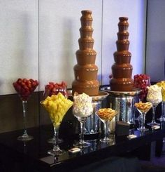 Buy Commercial Chocolate Fountain in Lower Cost 7 Tiers Large Commercial Chocolate Fountain Machine for dipping Chocolate Fountain Wedding, Chocolate Fountain Machine, Chocolate Fountain Recipes, Chocolate Fountains, Chocolate Fondue Bar, Best Chocolate, Delicious Chocolate, Cake Chocolate, Dessert Bars