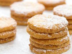 אורי שפט ממאפיית לחמים: עוגיות שקדים ולימון לפסח