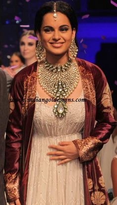 Kangana's Royal kundan jewellery set