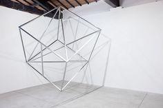 Jose Davila's Gravity-Defying Sculptures | Yellowtrace