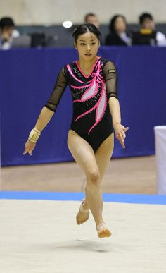 Korean Eye Makeup, Asian Makeup, Sport Gymnastics, Artistic Gymnastics, Korean Makeup Tutorials, Female Gymnast, Emo Girls, Female Athletes, The Body Shop