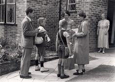 Evacuee children in Brighton