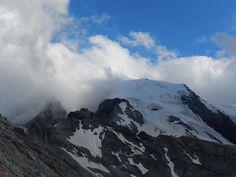 Mit seinen 3.905 m ü.d.M. stellt der Ortler das Dach Südtirols dar. Seine Erstbesteigung erfolgte 1804 auf Befehl von Erzherzog Johann von Österreich und zählte zu den bedeutendsten alpinistischen Ereignissen jener Zeit.