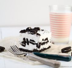 No Bake Cookies and Cream Cheesecake Bars ~ http://www.garnishwithlemon.com
