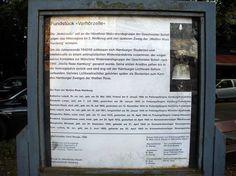 Erläuterungstafel zum Mahnmal 'Verhörzelle' in Eppendorf