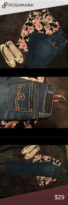 """27P Seven7 jeans These jeans are great for any of you cute little """"shorties"""" They have a 24 inch inseam. Dark washed color and have only been worn once Seven7 Jeans Boot Cut"""
