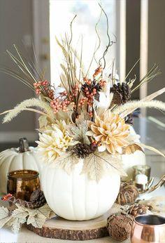 13 DIY Thanksgiving Centerpiece & Tablescapes | DIY to Make