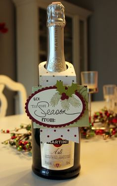 Wine is such a popular gift during the holidays. To dress it up a bit and make it more special, I used my (new to me) wine bottle ...