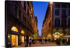 Italy, Tuscany, Florence, Via dei Calzaiuoli, view from Piazza della Signoria