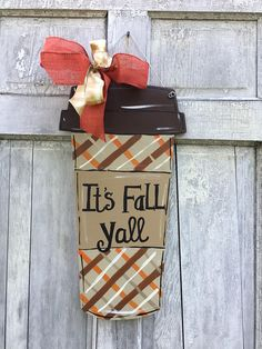 If your starting a brand-new innovative wood craft project there are many things I i would certainly like you to take right into account initially prior to Teacher Door Hangers, Teacher Doors, Fall Door Hangers, Burlap Door Hangers, Wooden Hangers, Autumn Crafts, Holiday Crafts, Holiday Ideas, Wooden Doors