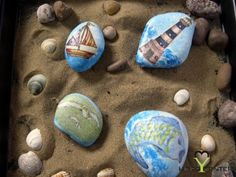 Driftwood Crafts, Painted Pebbles, Pebble Painting, Diy And Crafts, Rocks, Decor Ideas, Holidays, Decoration, Decor