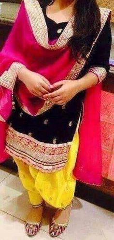 Patiala salwar suit Bollywood Suits, Pakistani Suits, Indian Suits, Pakistani Dresses, Indian Dresses, Punjabi Suits, Bridal Anarkali Suits, Patiala Salwar Suits, Indian Party Wear