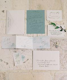 Elegant Outdoor Tuscany Wedding http://www.oncewed.com/real-weddings/organic-elegance-tuscan-wedding/