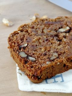 Date bran walnut fig loaf Good Morning Breakfast, Desserts With Biscuits, Bread And Pastries, Dessert Bread, Sweet Bread, Cooking Time, Love Food, Baking Recipes, Food To Make