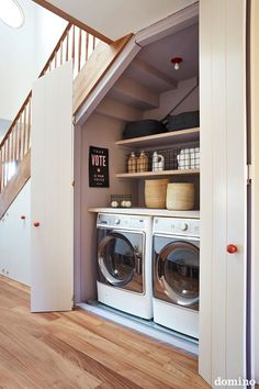 laundry room under the stairs // clever under the stairs space ideas Tiny Laundry Rooms, Laundry Room Design, Mud Rooms, Basement Laundry Area, Laundry In Kitchen, Laundry Sinks, Hidden Laundry, Garage Laundry, Laundry Room Bathroom