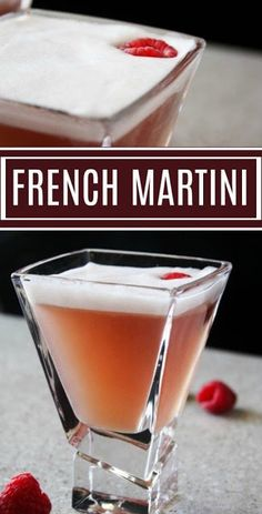 French Martini This Sea Blue Martini Recipe is super easy to make and perfect for holiday parties or dinner parties. Surprise your guests with a delicious citrus martini they will love! Fancy Drinks, Bar Drinks, Non Alcoholic Drinks, Cocktail Drinks, Beverages, Cocktail Shaker, Bourbon Drinks, Chambord Cocktails, Raspberry Cocktail