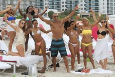 Now this looks like one fun beach party! Actor Shemar Moore parties it up on the beach in Miami on July 5, 2014.
