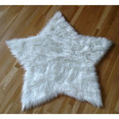 White Faux Fur Sheepskin Star Shaped Area Rug 4