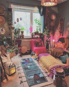 Hippie Bedroom Decor, Hippy Bedroom, Bohemian Bedroom Design, Bohemian Living Rooms, Design Bedroom, Bohemian Decorating, Bohemian Interior, Bohemian Homes, Modern Bohemian