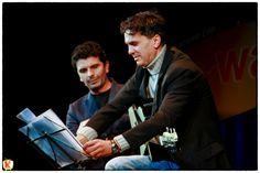 Michele Caputo e Renato Trinca sul palco del Teatro Diana, durante lo Zelig Lab Napoli Komikamente