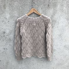 Ravelry: Olive Sweater - My Size pattern by Pernille Larsen Lace Patterns, Knitting Patterns, Crochet Patterns, Lace Knitting, Knit Crochet, Start Knitting, How To Purl Knit, Pulls, Sweaters For Women